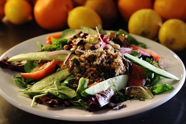 Quinoa met walnoten recept