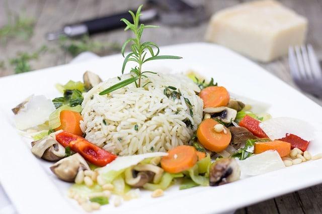 salade rijst fruit